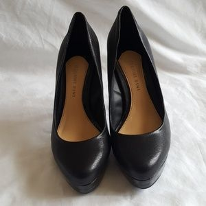 Gianni Bini Black High Heel Pumps