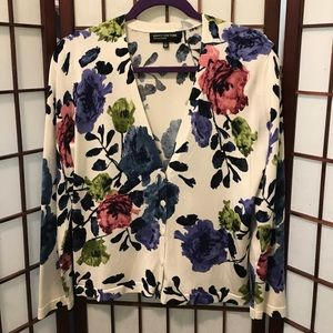 Floral is back!  JNY Collection cardigan size L