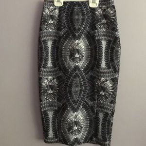 H & M gorgeous pencil skirt