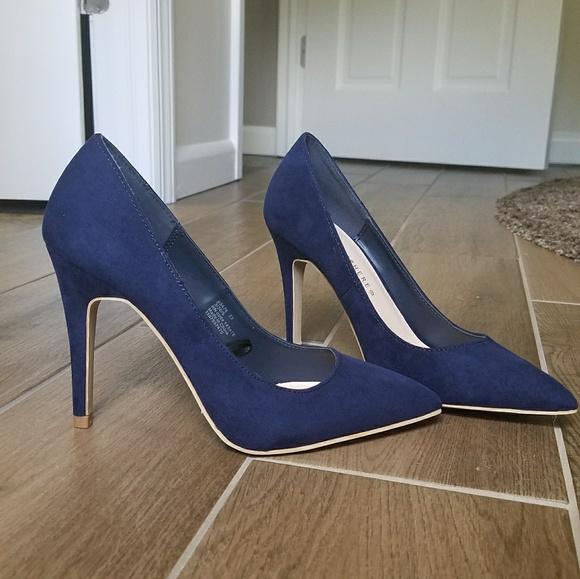Navy Blue Pointed Toe Heels