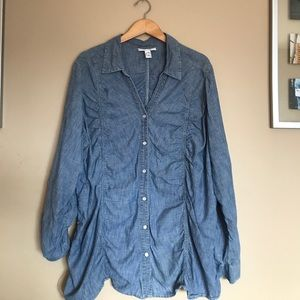 Style and Co. woman 22W chambray button top shirt