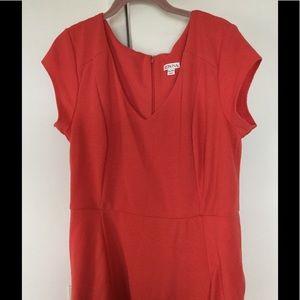 Women orange dress XL zip from the back.
