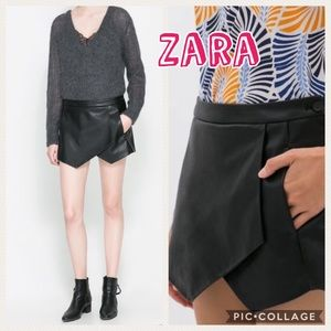 🎈 Zara Faux Leather Black Skort Size XS