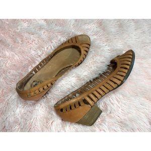 {Lucky Brand} women's peep toe kitten heels
