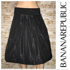 Banana Republic Black Fit-and-Flare Skirt 8 NEW