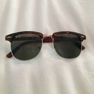 Tortoiseshell fake ray ban sunglasses