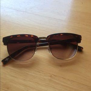 Cole Hana sunglasses.