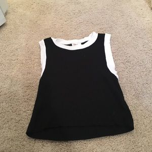 Blacks and white knit tank top cropped never worn