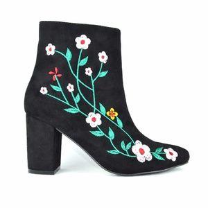 Chase & Chloe Wayne-1 Black Floral Ankle Bootie