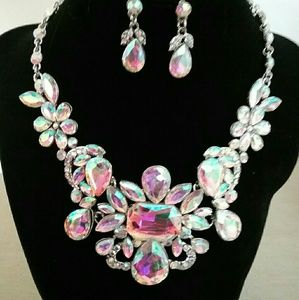Crystal rainbow necklace with earrings