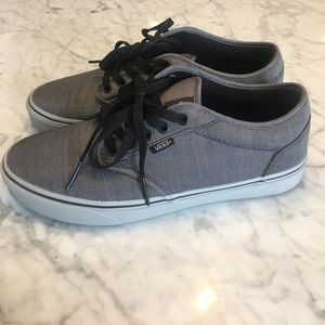 Like new Vans sneakers