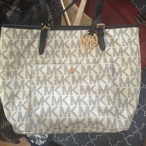 Michael kors ...great condition