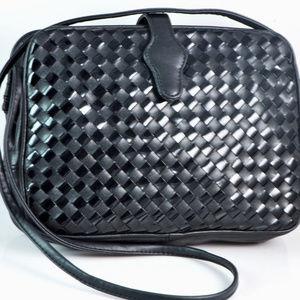 Black on Black Patent Basketweave Vintage Handbag