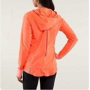 LIKE NEW Lululemon Lightened Up pullover