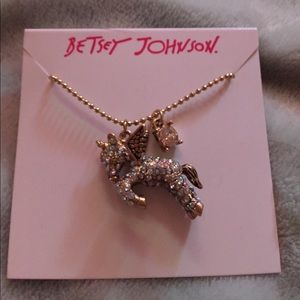 Betsey 20in adjustable unicorn necklace with charm