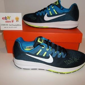 New Nike Air Zoom Structure 20 - Various Sizes