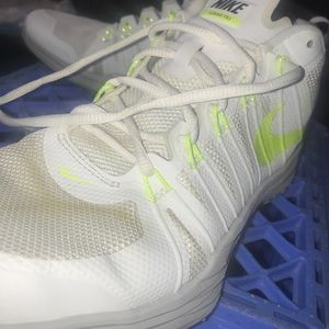 Nike TR1