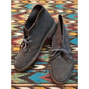 cℓαякѕ - Taupe/Grey Unisex Desert Boots