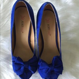 Beautiful pumps for sale!!
