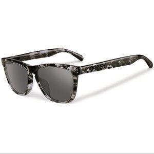 🔥 MAKE OFFER 🔥 Frogskin Oakley Sunglasses