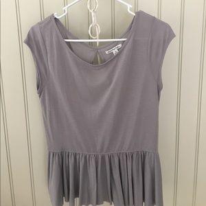 SALE!!! >>American Eagle Gray Color blouse
