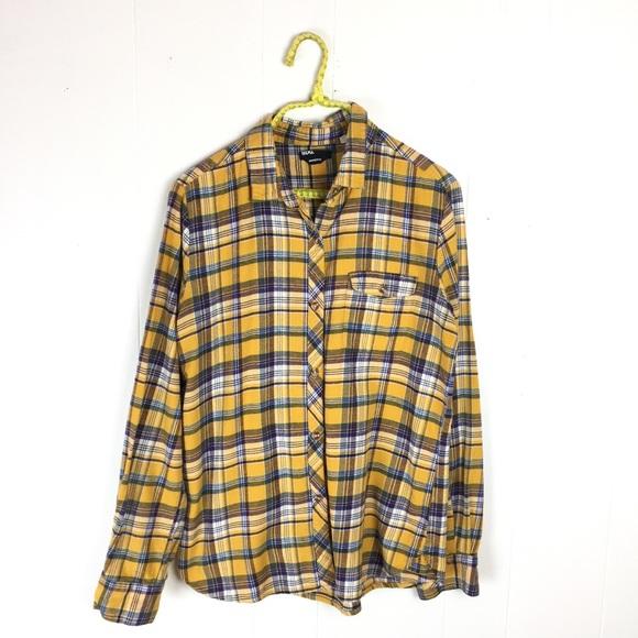 Urban Outfitters BDG Yellow Plaid Flannel Shirt. M 59c2b3a0981829279101a440 cc50aad18b1
