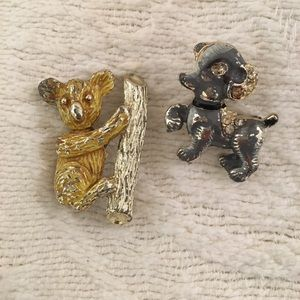 Set of two little pins. Koala and gray puppy vtg