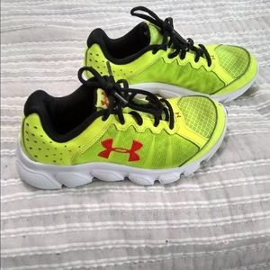 innovative design 4c559 f3314 Other - Boys under armor shoes size 2