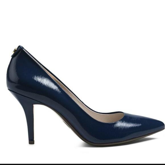 bbcf3a4e2791 Michael Michael Kors navy patent leather heels 8.5.  M 59c2b7d64e95a39c1e01cbe6