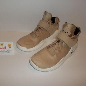 New Nike Kwazi SE - Style: 861687-200 - Size 10.5