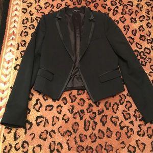 Black cropped Theory jacket