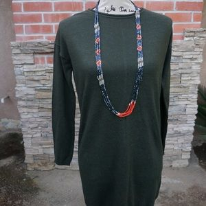 Long sleeve army green dress with necklace