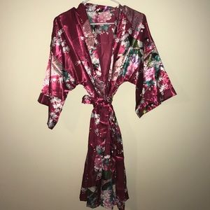 Lg Floral Polyester Robe