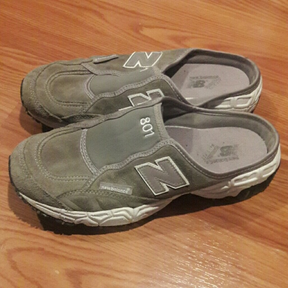 new balance 801 women's athletic slip ons,new balance 574