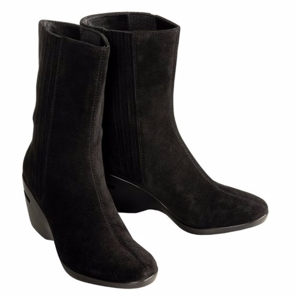 e2d1b0f7739 Cole Haan Shoes -  SALE TODAY!  Cole Haan Nike Air Boots 10 Kierstin