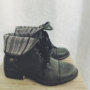 Rocket dog Black/Gray Lace Up Boots