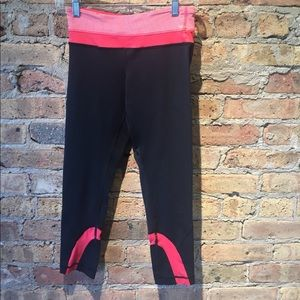 Lululemon black with pink legging, sz 4, 54280