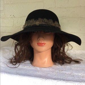 H&M Boho Hat Black Wool Medium Feather Boehemian