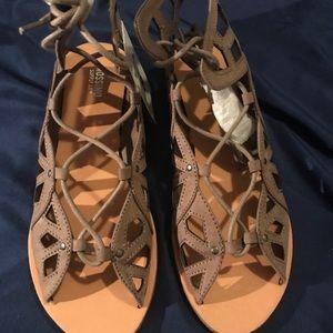 Mossimo Grey tie sandal