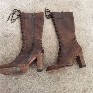 FRYE Distressed Villager Tall Lace Up boots Sz 9
