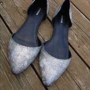 ⚡️SALE⚡️EXPRESS Silver Flats Ladies size 9.5