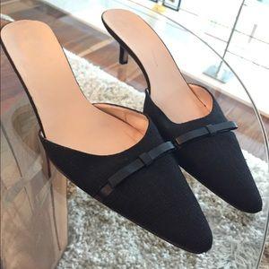 Kate Spade blk canvas kitten heel w/ leather bows