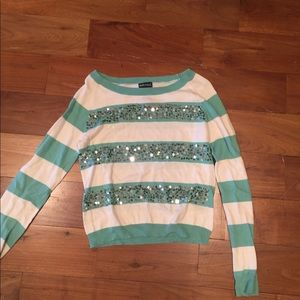 Wet seal sweater size large