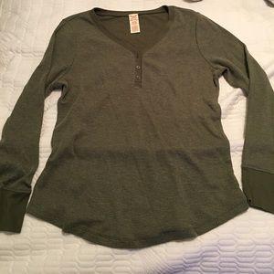 Green thermal long sleeve shirt