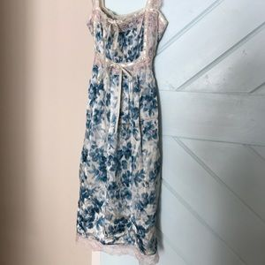 Dresses - Betsy Johnson Dress