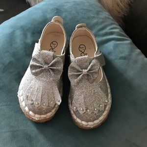 Other - 🎀Beautiful Glitter Shoes🎀
