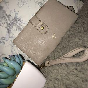 grey fossil wallet