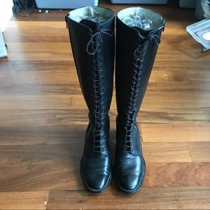 Robert Clergerie Lace up kne high boot Ex Cond 6.5
