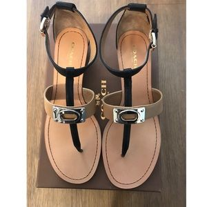NWT 💕 Coach Ines Veg Leather Sandals
