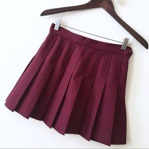NWOT American Apparel Burgundy Pleated Mini Skirt